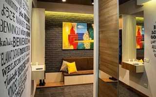 Стены в коридоре – выбираем чем отделать