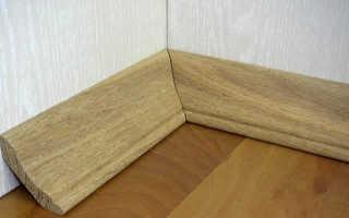 Как закрепить деревянный плинтус