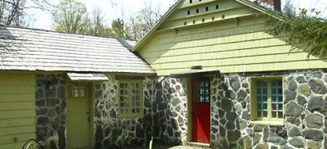 Отделка дома камнем: виды и этапы работ