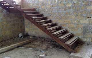 Цокольная лестница в гараже: как сделать своими руками