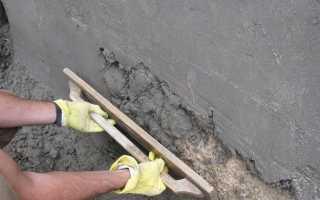 Как правильно штукатурить стены цементным раствором?